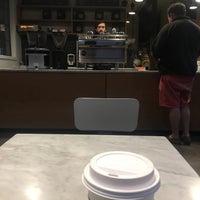 1/15/2017 tarihinde Caroline L.ziyaretçi tarafından ReAnimator Coffee Roastery'de çekilen fotoğraf