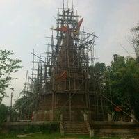 Photo taken at วัดบ้านเหล่า จ.แพร่ by BeBee P. on 9/30/2012