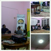 Photo taken at Rumah Blogger Indonesia by Nenden S. on 12/2/2012