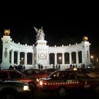 Foto tomada en Plaza Juárez por Isaac E. el 12/1/2012