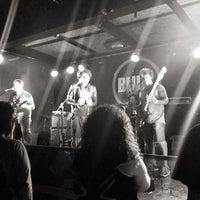 Foto tomada en Bluzz Live por Lanu H. el 2/24/2013