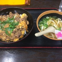 Photo taken at Sukesan Udon by sume on 1/17/2015