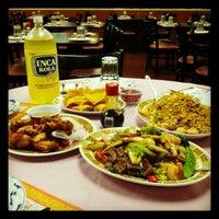 10/27/2012에 Anson Tou님이 Chifa Du Kang Chinese Peruvian Restaurant에서 찍은 사진