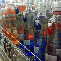 Foto tirada no(a) Beverage Depot por MrDancewitMe em 4/29/2013