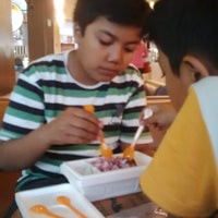 Photo taken at J.Co Donuts & Coffee by Ery J. on 8/19/2015