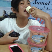 Photo taken at SID (Samal Island Pasalubong Delicacies) by iceljazzer on 4/4/2014