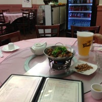 Photo taken at Si Hai Ju 四海居 by Peter C. on 10/16/2012