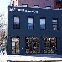 Foto tomada en East One Coffee Roasters por Peter C. el 6/3/2017