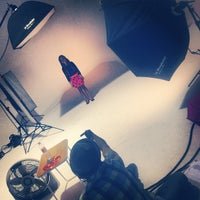 Photo taken at Public Studio - Foro Estudio de Foto y Video - by Public S. on 7/11/2013
