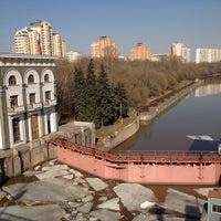 Photo taken at Шлюз № 9 канала имени Москвы by Наталья Л. on 4/23/2013