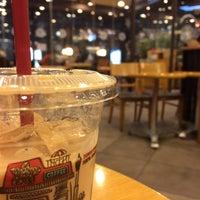Photo taken at TOM N TOMS COFFEE by Ken C. on 1/22/2014