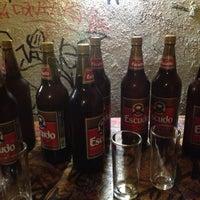 10/19/2012 tarihinde Deya'stian Z.ziyaretçi tarafından El Cerveza'de çekilen fotoğraf
