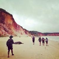 Foto tirada no(a) Praia do Carro Quebrado por Alzir L. em 7/27/2013