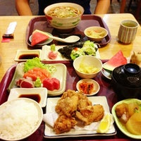 Photo taken at Ume Tei Japanese Restaurant by Harriet T. on 4/12/2013