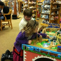 Photo taken at Barnes & Noble by Kristin N. on 3/23/2013