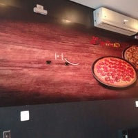 Foto tirada no(a) Super Pizza Pan por Ronaldo C. em 6/14/2017