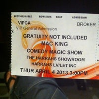 Foto tirada no(a) The Mac King Comedy Magic Show por Jerome W. em 4/4/2013