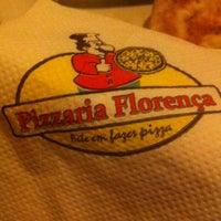 Photo taken at Pizzaria Florença by Marcela Z. on 9/20/2013