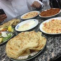 Photo taken at مطعم شباب المبارك by N a W a F ~ 7 on 3/11/2013