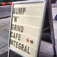 Foto tirada no(a) Café Integral por Edon G. em 5/29/2013