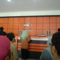 Photo taken at Kantor Pos Mojokerto by Vindra N. on 9/17/2012