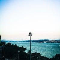 Photo taken at Nixon Bosphorus Hotel by Betül C. on 7/9/2015
