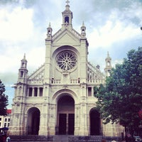 Foto scattata a Place Sainte-Catherine / Sint-Katelijneplein da Julien D. il 7/27/2013