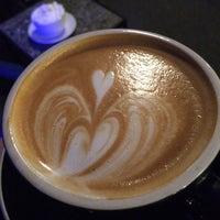 Foto tomada en Gypsy Coffee House por Amy K. el 12/7/2014