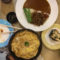Photo taken at Sushi King by Nurul Farhana R. on 4/10/2018
