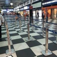 Foto tirada no(a) Check-in LATAM por Osvaldo J. em 10/3/2012