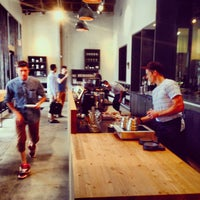 Photo prise au Stumptown Coffee Roasters par Rudy E. le10/3/2013