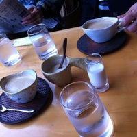 Photo taken at craft & coffee 風の扉(どあ) by ちび太 on 10/30/2015