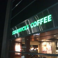 Photo taken at Starbucks by Keishi on 10/31/2012