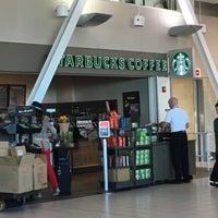 Photo taken at Starbucks by Stu L. on 11/9/2016