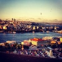 7/22/2013에 ཿ༄ོ EKЯEM༄ོོོཿ님이 Mimar Sinan Teras Cafe에서 찍은 사진