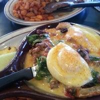 Foto scattata a Egg & I da Vu N. il 9/16/2012