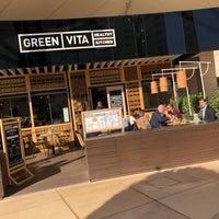 Foto tomada en GREEN VITA Healthy Kitchen por Niclas S. el 1/15/2018