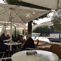 Photo taken at Café de Pombo by Luis d. on 3/29/2016