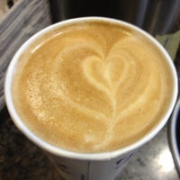 Photo taken at Peet's Coffee & Tea by Vicky W. on 8/3/2012