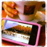 Photo taken at קפה קרמל by Hanan G. on 2/11/2012