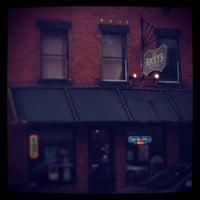 5/17/2013にKillian S.がRocky's Bar & Grillで撮った写真