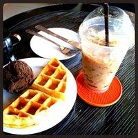 Photo taken at Coffee Field by Duan n. on 12/16/2012