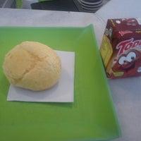 Foto tirada no(a) Pausa Caffè por Felipe W. em 11/7/2012