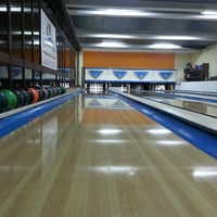 Photo taken at Bowling Alvor by Ricardo S. on 4/12/2014