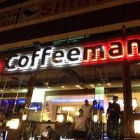 6/10/2013 tarihinde BEYKENT COFFEEMANIA 1ziyaretçi tarafından Coffeemania'de çekilen fotoğraf