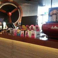 Photo taken at Quikshots Coffee by Winnie L. on 12/27/2013