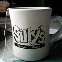 Foto tomada en Sillys With A Twist por Bruce F. el 9/30/2012