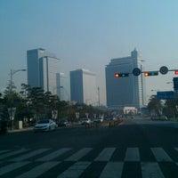 Photo taken at Samsung 정보통신동 by Thiago T. on 12/20/2012