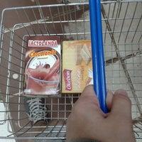 Photo taken at Maxi compras (supermercado) by Bruz B. on 5/15/2013