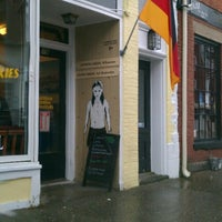 Photo taken at Kaffee Vonsolln by Bud G. on 9/30/2012